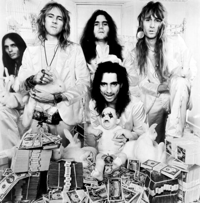 Alice Cooper Born Way