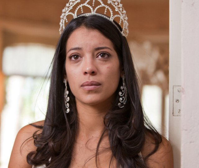In Mexican Film Beauty Queen Meets Drug Lord