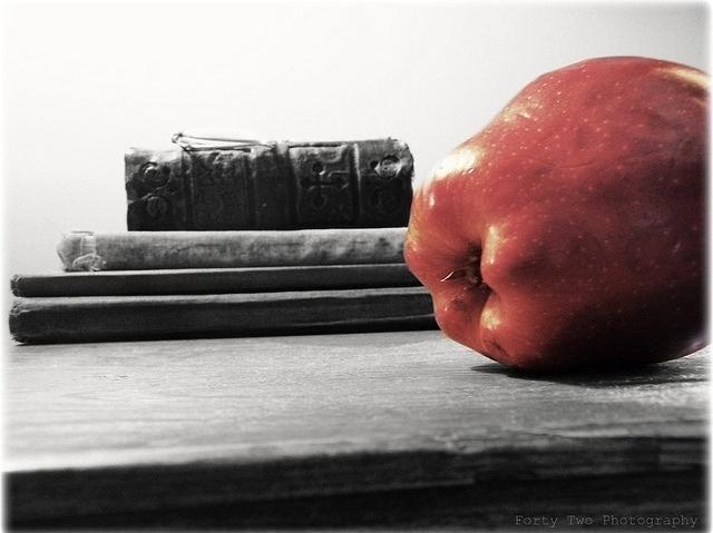 Primul măr...