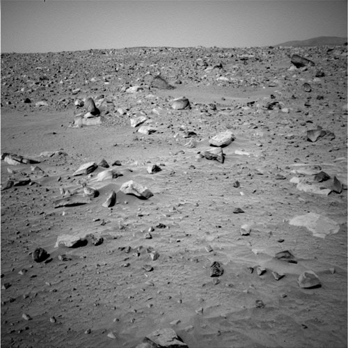 Spirit's navigation camera shows the rocky path lying due east of the rover, 2004.