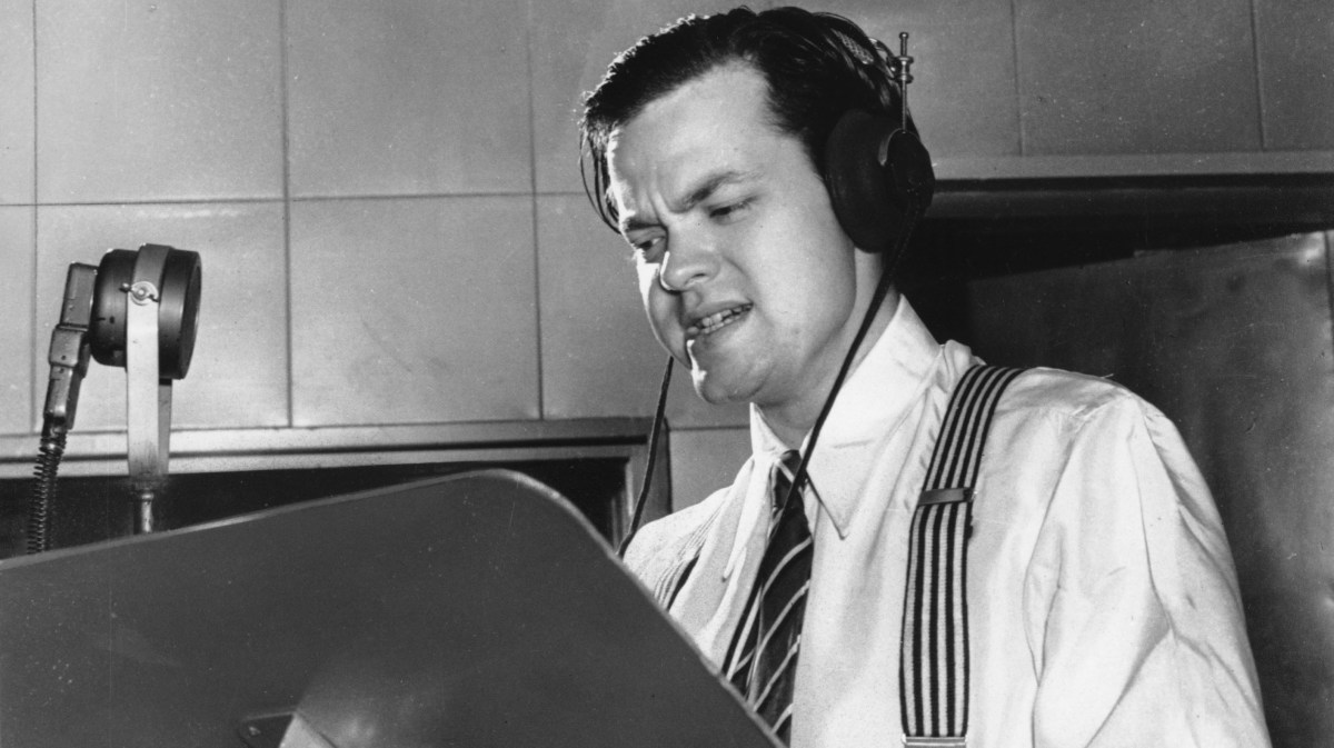Image result for behind the scenes of orson welles war of the worlds