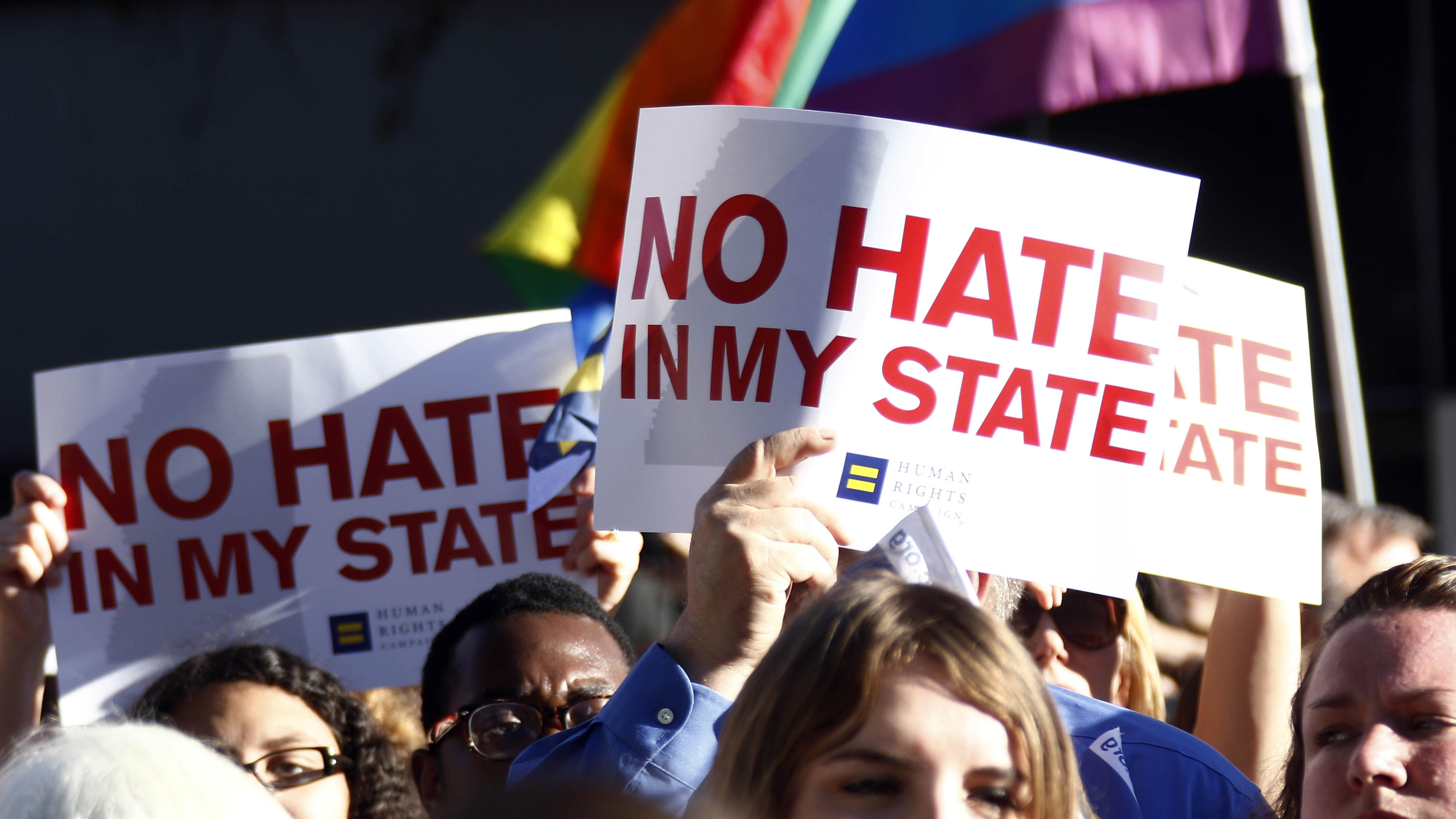 Mississippi Governor Signs Religious Freedom Bill Into