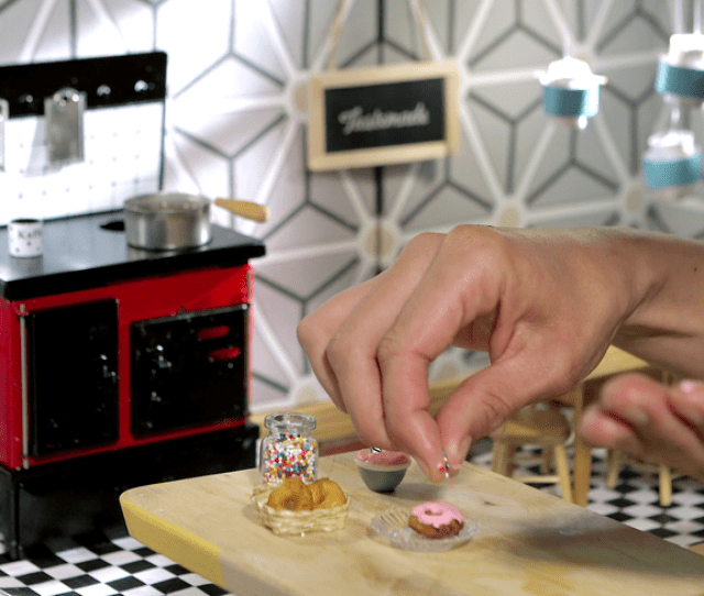 Tiny Kitchen Videos Cook Up Real Food In Doll Sized Portions