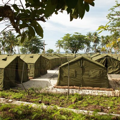 Australia, Papua New Guinea Agree To Close Refugee Detention Camp