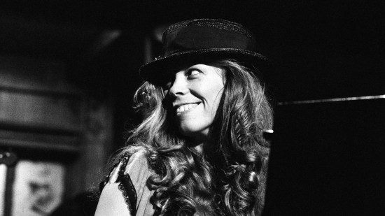Rickie Lee Jones performs on Saturday Night Live in 1982, the year after she released her second album, Pirates.