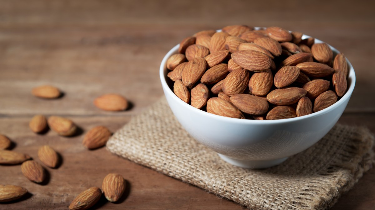 Five Types Of Nuts You Should Include In Your Daily Diet