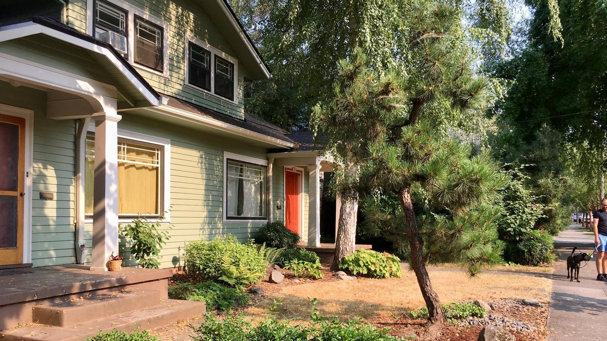 Oregon Lawmakers Vote For More Duplex Quadplex Housing Npr
