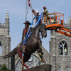 Nearly 100 Confederate monuments removed in 2020, report says;  More than 700 left