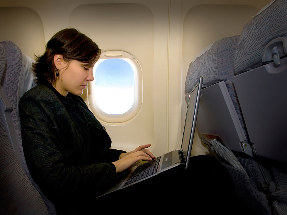 Getting online costs about $5 for a 90-minute flight.