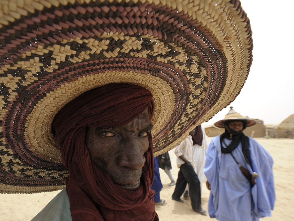 A farmer waits for food distribution near Dakoro, in northern Niger, in May
