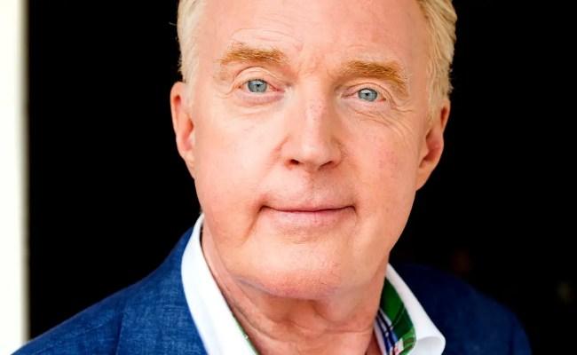 André Van Duin Tijdelijke Presentator Heel Holland Bakt