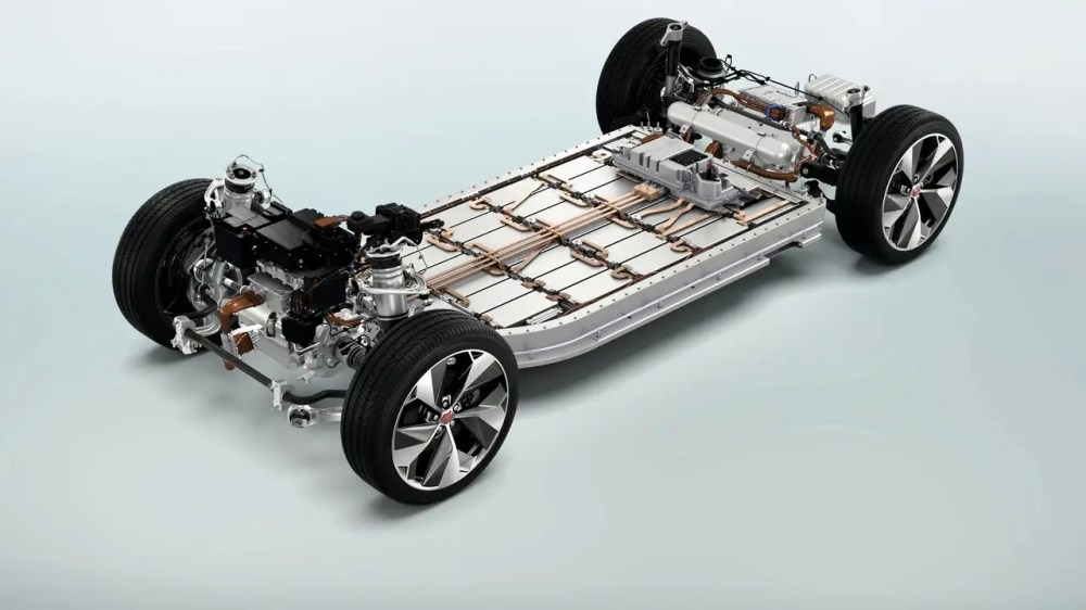 medium resolution of bmw is joining forces with jaguar land rover together the manufacturers will develop parts for electric cars in order to save costs