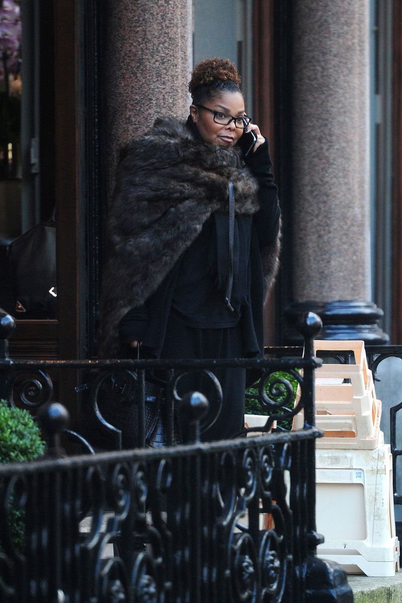 Janet Jackson Weight Gain : janet, jackson, weight, Janet, Jackson, CAUGHT, Hiding, Still-There, Belly, London
