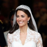 "Kate Middleton's ""Something Borrowed, Something New"" Wedding Accessories"