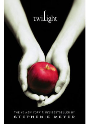 The cover of Twilight, depicting a pair of hands holding an apple.