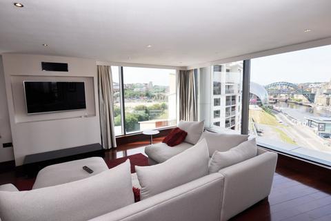 3 Bedroom Maisonette To Baltic Quay L Mill Road Gateshead
