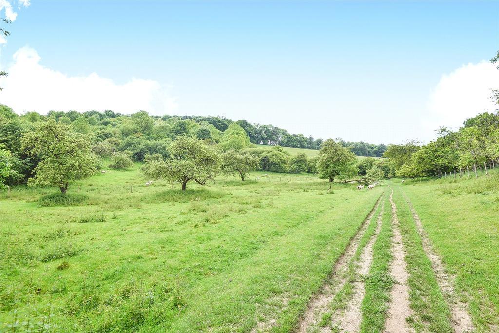 Hughenden Valley High Wycombe Buckinghamshire 4 Bed