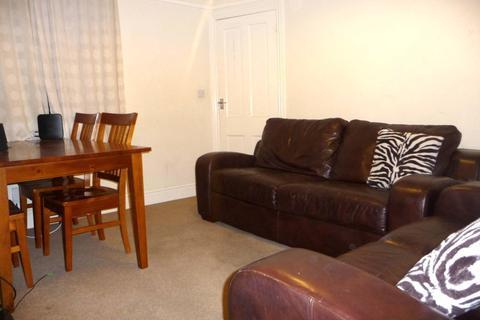 sofa beds reading berkshire donate to charity leeds waybrook crescent rg1 4 bed semi detached house bedroom terraced rent grange avenue rg61dj