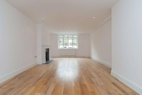 3 Bedroom Flat For St James 39 S Close London