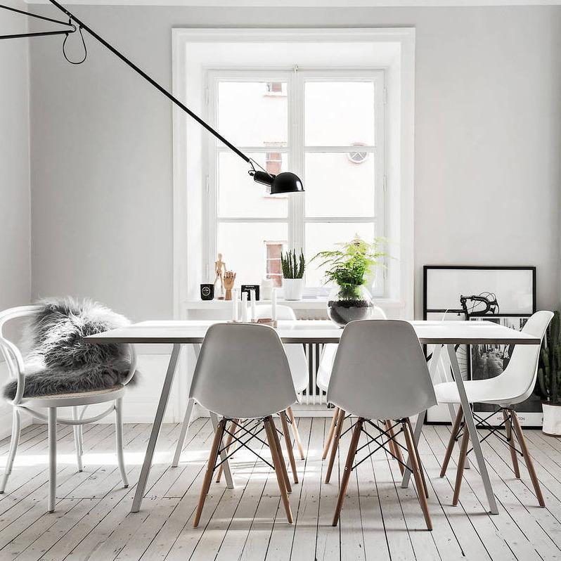 les interieurs nordiques se caracterisent par la purete de leur decoration chaque objet ou chaque meuble a une fonction bien precise et les univers sont