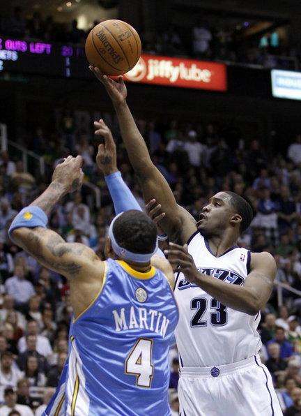 Wesley Matthews against Kenyon Martin