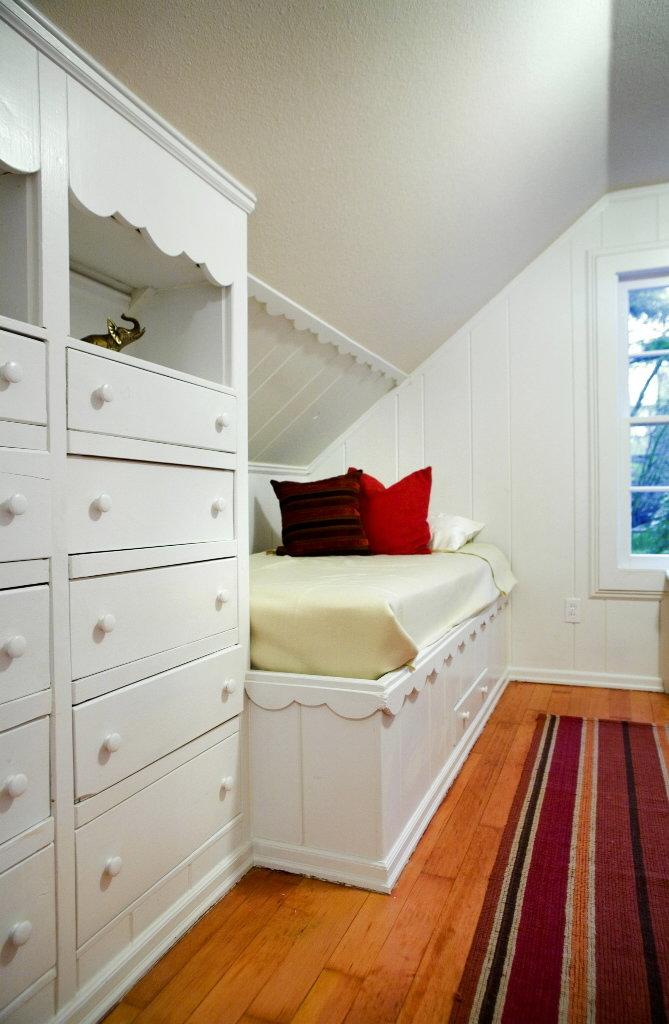 Find your niche Extra storage space hides behind the