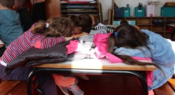 Un échange sur le sommeil des enfants et les bonnes pratiques à mettre en œuvre.