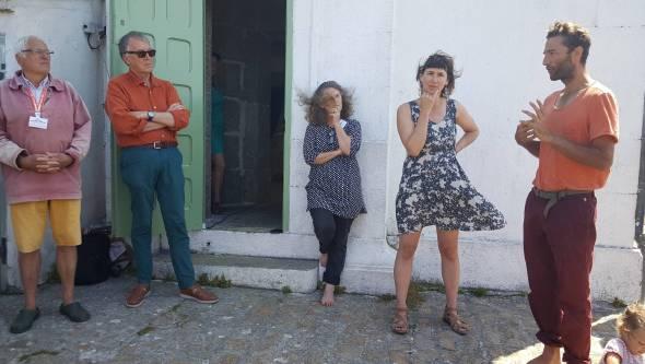 Membres de l'association IPPA, et Anna Da Silva accompagnée de son bruiteur et sonorisateur.