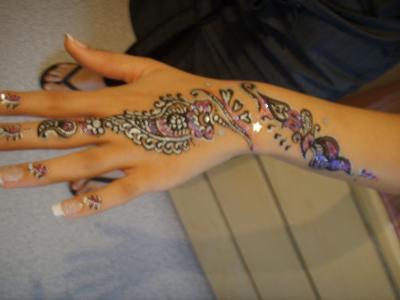tatouages301 henn noir pour tatouage. Black Bedroom Furniture Sets. Home Design Ideas