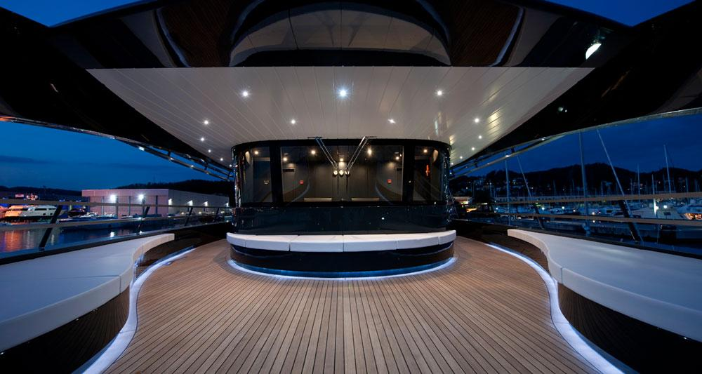 l emerald ocean un yacht de luxe la bulle archi design. Black Bedroom Furniture Sets. Home Design Ideas