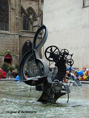 La fontaine Stravinsky, une œuvre animée
