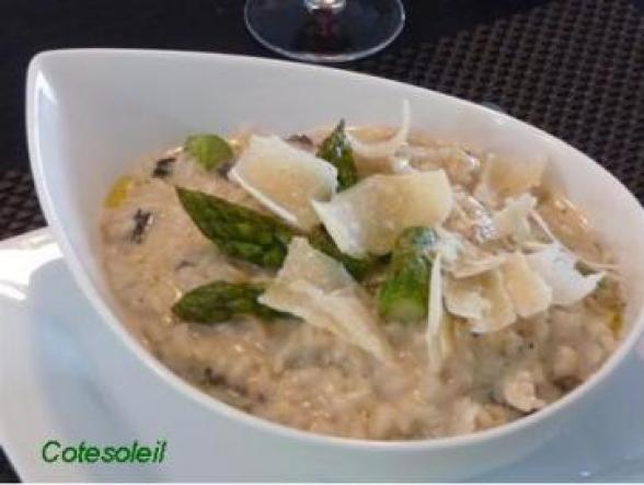 Risotto aux asperges vertes aux morilles c t soleils les recettes de sophie - Cuisiner les asperges vertes fraiches ...