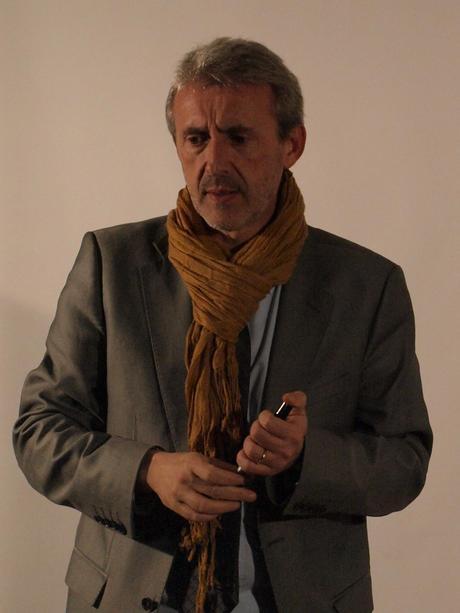 P2135862 Hubert Patural, un intrus dans la campagne