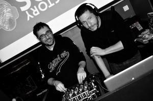 Happy boys and DJ – Crédit photo Jacky Mazein -Stemp Mag Mon Précieux... Gollum est il rock ?