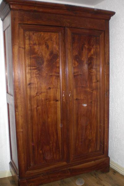 armoire louis philippe en noyer massif meubles