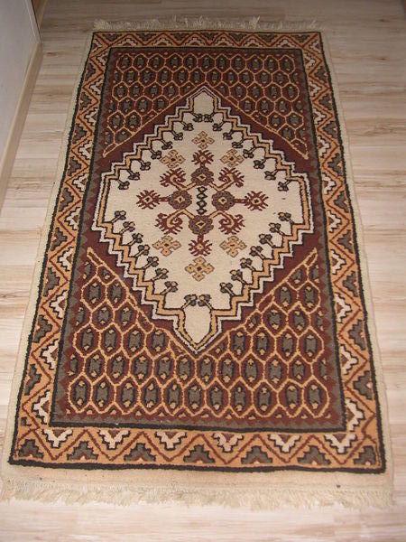 deux tapis de kairouan a 120