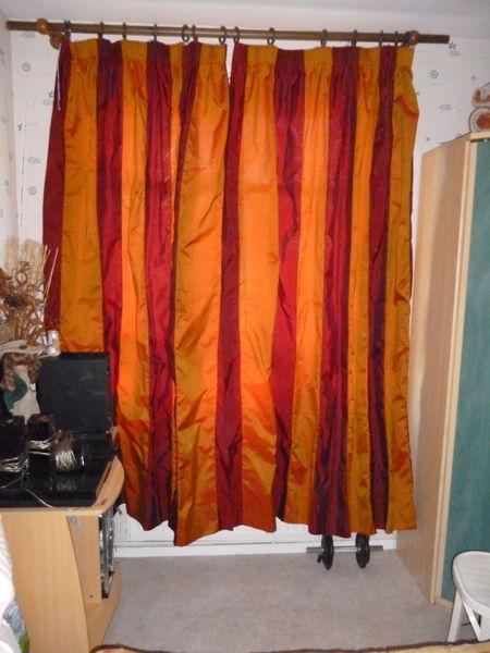 1 paire de rideaux taffetas rayures bordeaux et or a 40