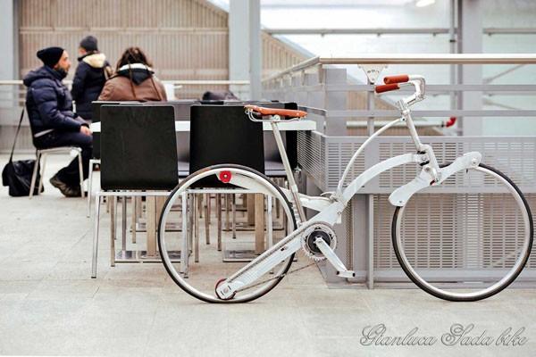 Ένα ποδήλατο σε μέγεθος ομπρέλας