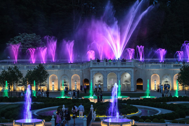 Longwood Gardens Light Show