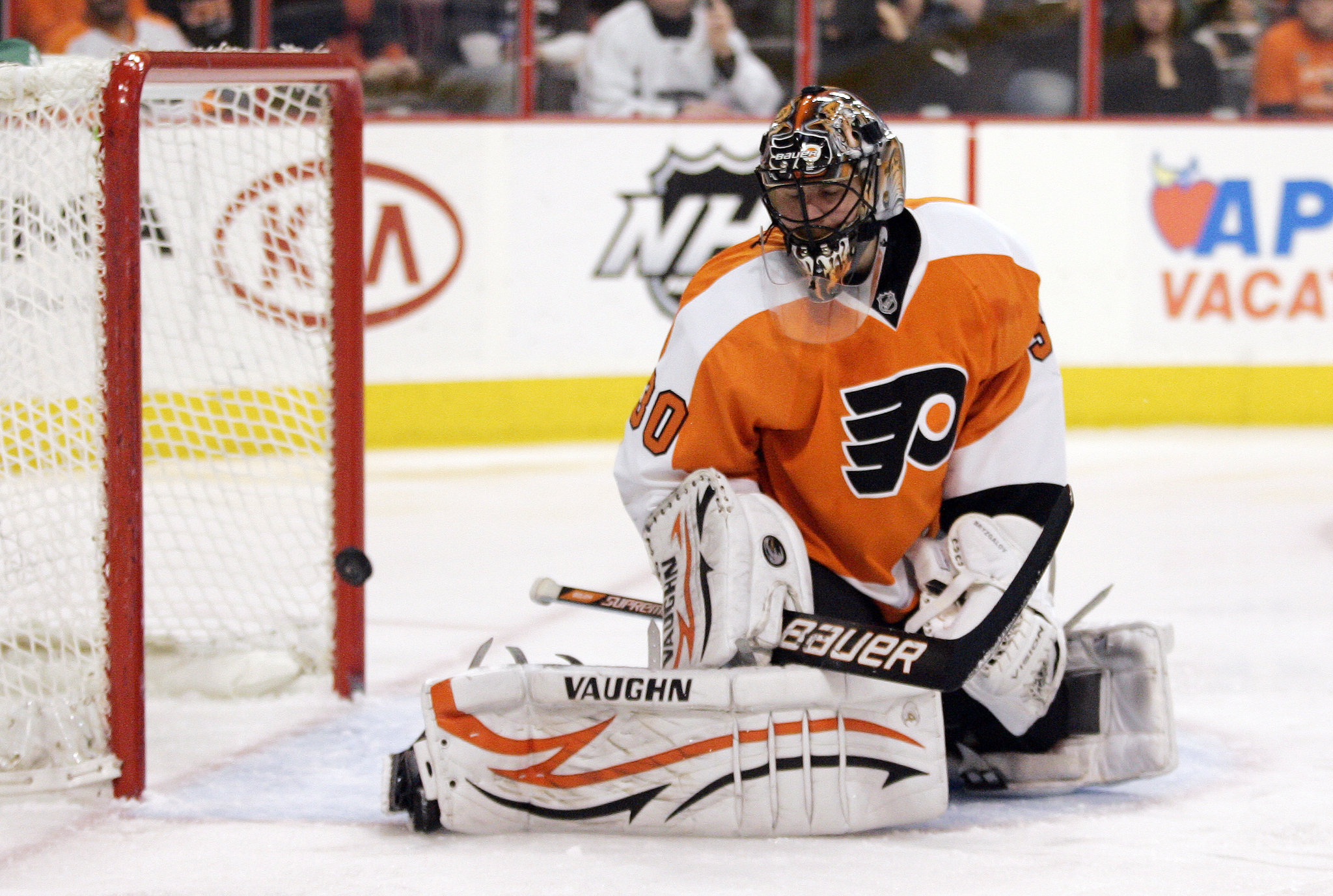 Duchesne High School Ice Hockey Ilya Bryzgalov Extends Flyers History Of Goalie Misery Pennlive