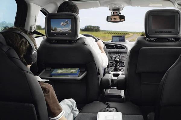 Design intrieur Peugeot 5008 Monospace  Familial et compact