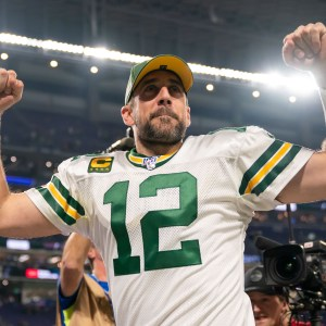 Aaron Rodgers Trade Rumors, Odds and Updates
