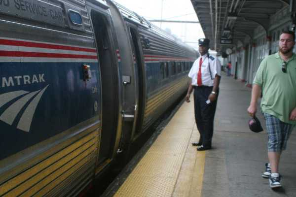 Amtrak' Ceo Brings Airline Experience Railroad
