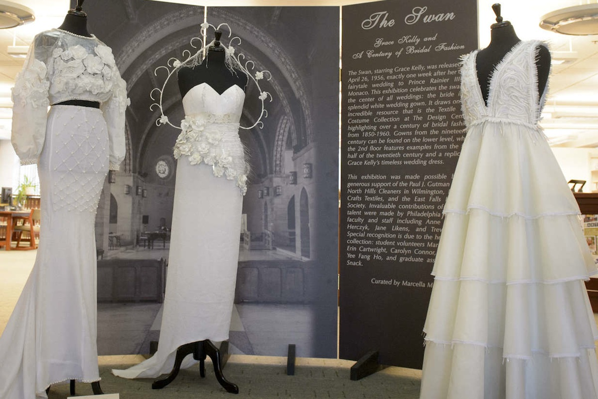 $25,000 Replica Of Grace Kelly's Wedding Dress At