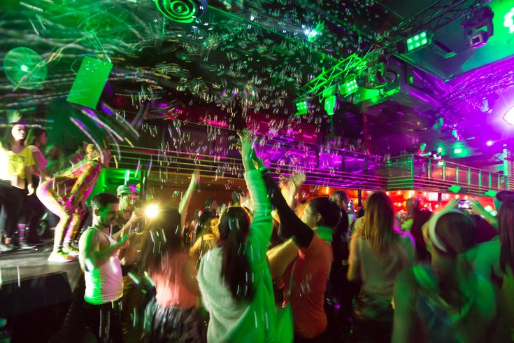 Aprils Daybreaker dance party to take place at One Liberty Observation Deck  PhillyVoice