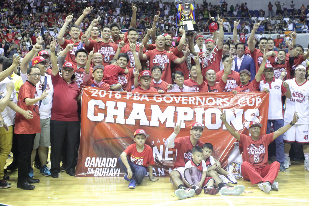 Barangay Ginebra's victory in the 2016 PBA Governors' Cup would have marked the end of a five-year relationship between the league and TV5, but a short offseason changes things. (Photo credit: The Philippine Star)