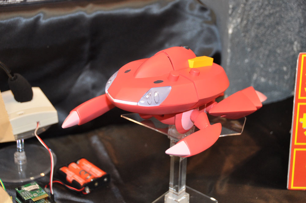 Transform Action! Red Genesect