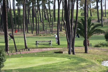 Golfing in Troia