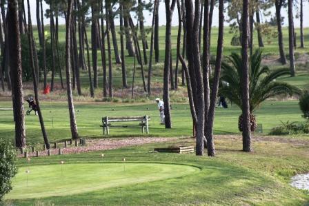Golfing in Troia
