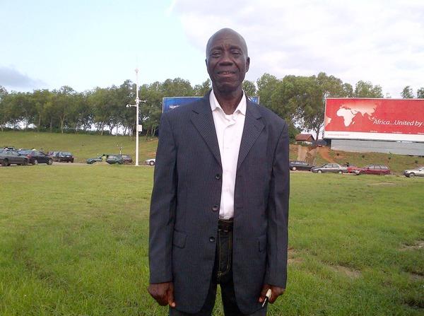Umrah Banner: Abuja Taxi Driver Wins SEC's N2.5 M Integrity Award
